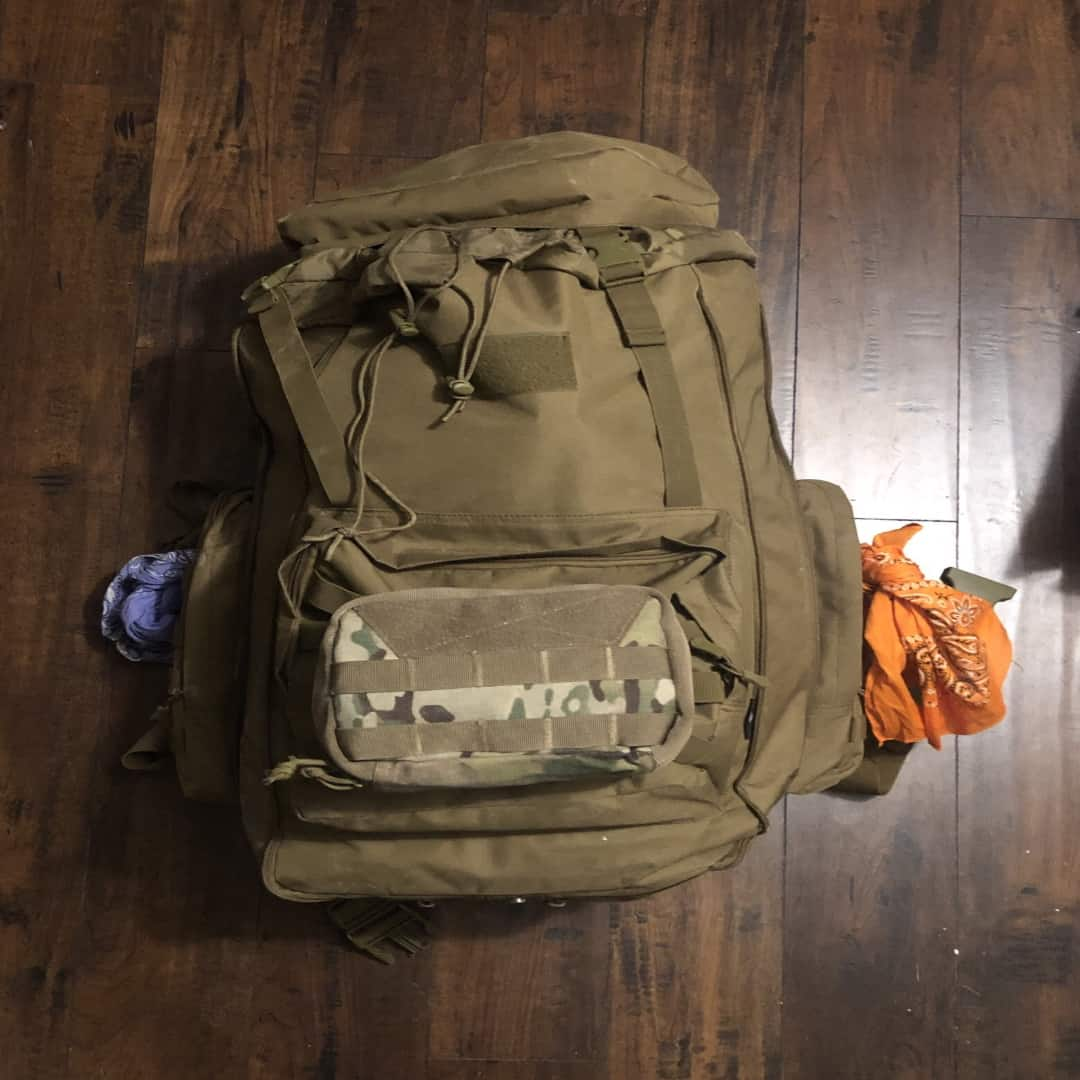Example of an internal frame survival backpack